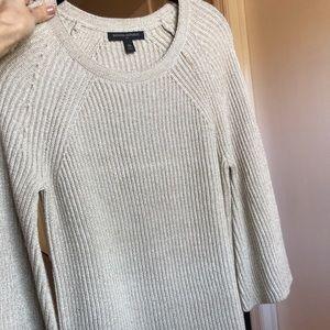 Banana Republic Cream Sweater || Size XS